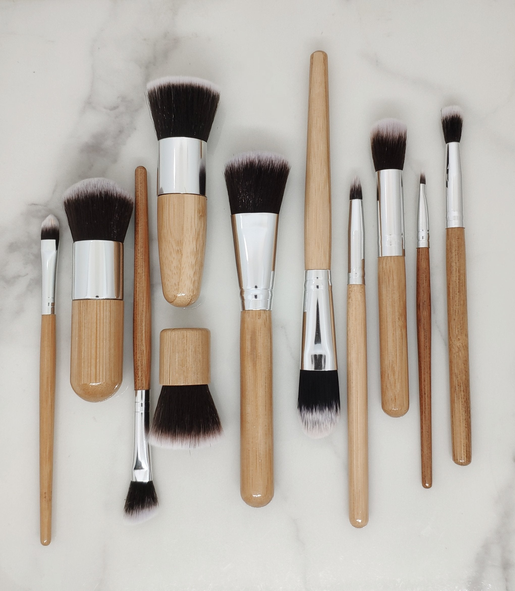 PERSONAL MAKEUP BRUSHES