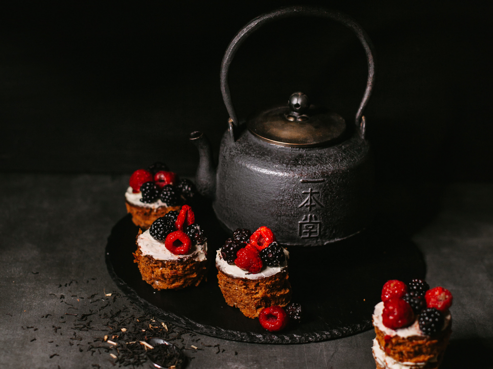 Tea cakes with Basilur Earl Grey