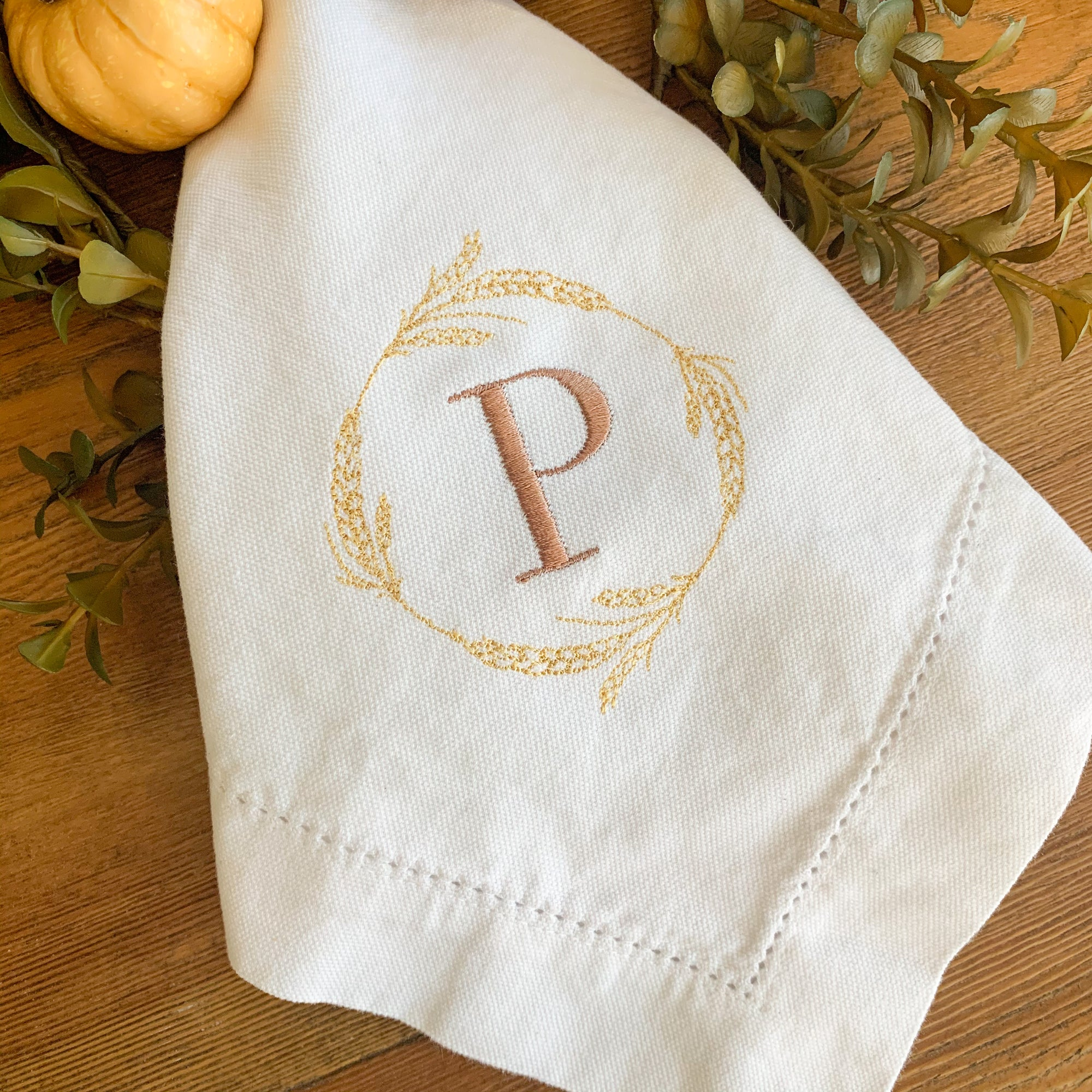 Wheat Wreath Embroidered Dinner Napkins