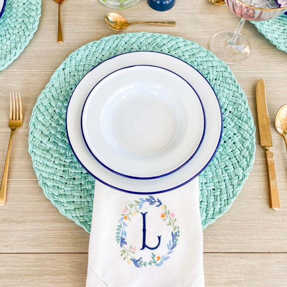 Seasonal Wreath Embroidered Dinner Napkins