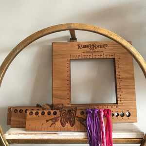 The Rabbit's Knitting Gauge