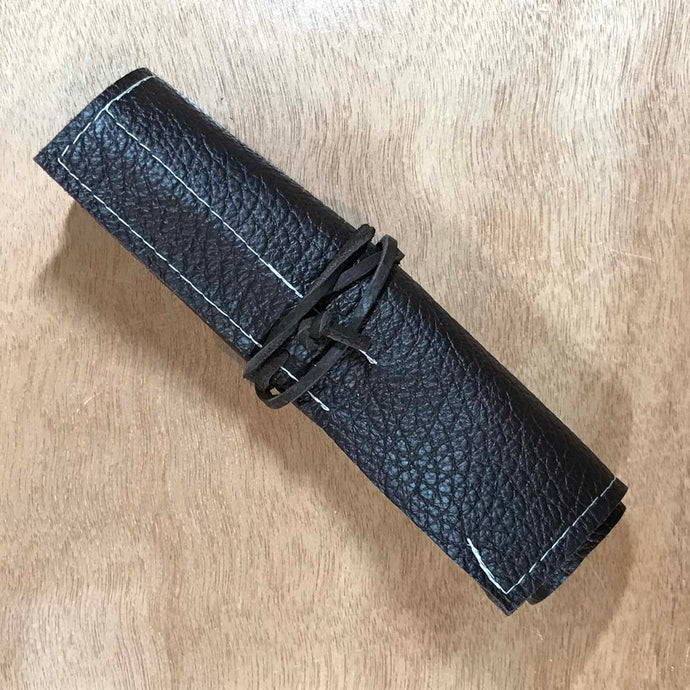 Rabbit & Rocket Leather Roll-Up - Pebble Black