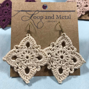 Large Royal Crochet Earring - Eggnog