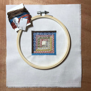 Log Cabin quilt block mini embroidery kit.