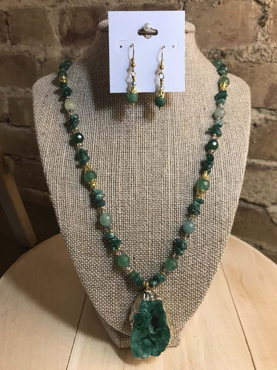 Kara Evans - Faceted Emerald Aventurine Pendant and Earrings