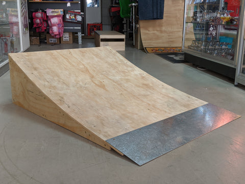 800mm Curved Kicker Ramp