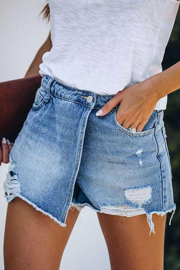 Solid Color Regular Fit Hole Denim Shorts