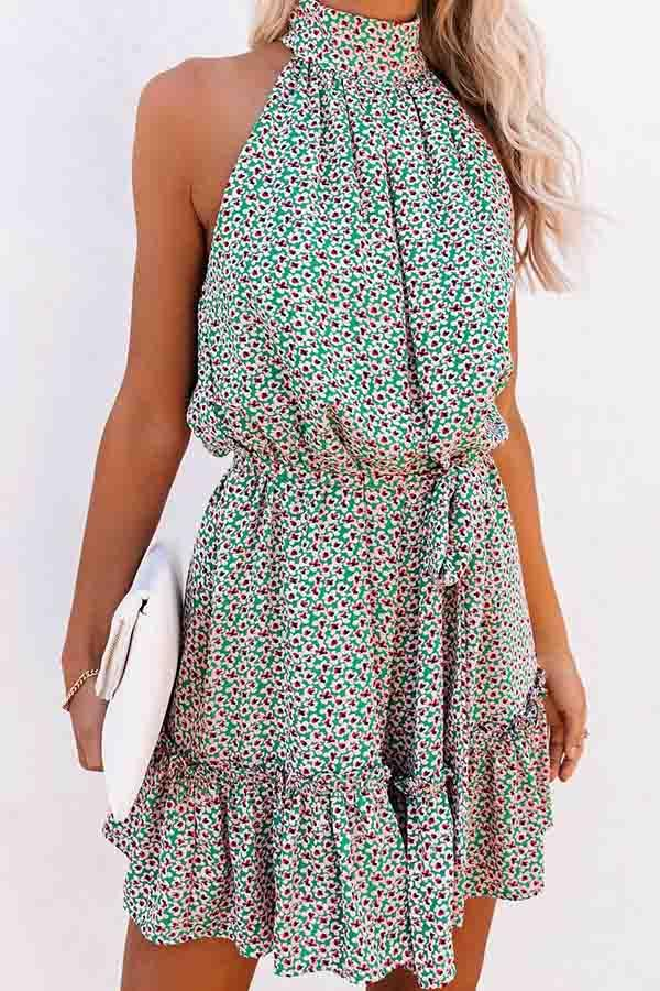 Floral Print Halter Neck Pleated Dress