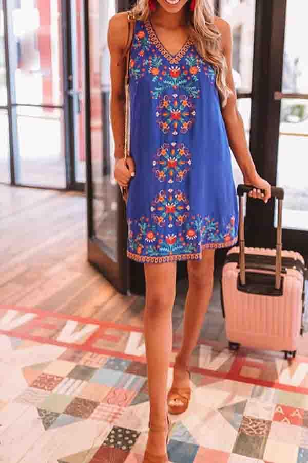 Sleeveless Tribal Print V Neck Casual Wear Dress