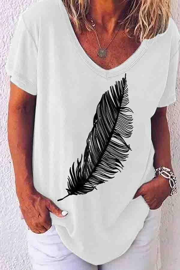 Short Sleeve Graphic Print V Neck Casual Wear T-Shirt