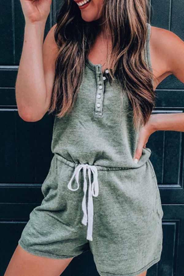 Solid Color Round Neck Single Breasted Romper