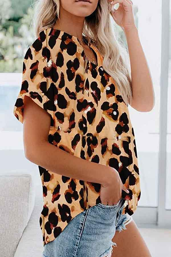 Short Sleeve Leopard Print Turtle Neck Leisurewear Shirt