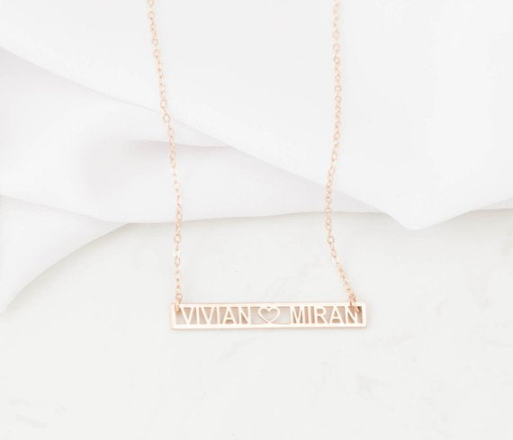 MINIMAL COUPLE NAME NECKLACE