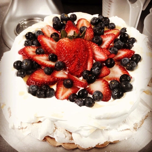 Pavlova Mixed Berry