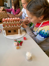 Load image into Gallery viewer, Gingerbread House Box