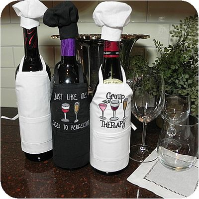 Wine Bottle Apron w/Chef Hat White
