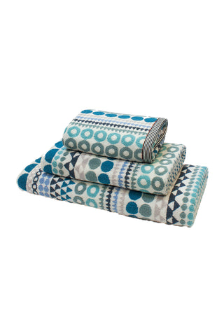 Bilboa Oversized Terrycloth Towel by Margo Selby. Woven in 100% cotton, each towel design is inspired by a trademark Margo Selby pattern. Color blue green white. 100% cotton.