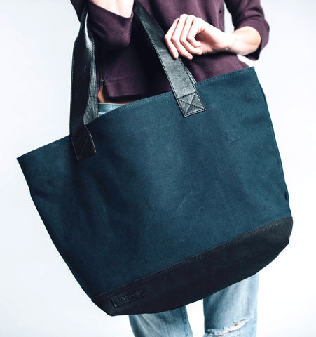 Classic Oversized Tote