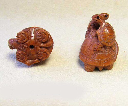 Terrific Carved Boxwood Turtle Mommie Ojime/Netsuke Bead | 24x22x18mm | Brown - PremiumBead