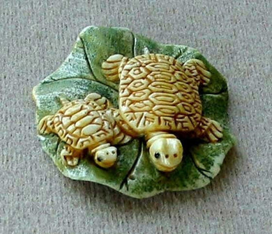 Work of Art Mom & Baby Turtle Pendant Bead 5657 | 39x38x8mm | Cream, green and brown - PremiumBead