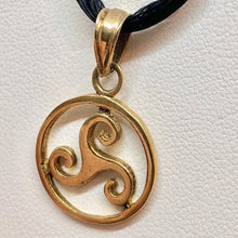 Load image into Gallery viewer, Celtic 18K Vermeil Triskele Charm Pendant 10128B - PremiumBead