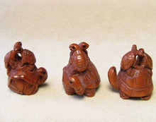 Load image into Gallery viewer, Terrific Carved Boxwood Turtle Mommie Ojime/Netsuke Bead | 24x22x18mm | Brown - PremiumBead