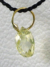 Load image into Gallery viewer, 0.26cts Natural Canary Diamond & 18K Gold Pendant 6568N - PremiumBead