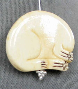 Schimshawed Kitty Cat Carved Waterbuffalo Bone Focal Bead 4115H | 30x33x5.5mm | Cream, Black and Red - PremiumBead