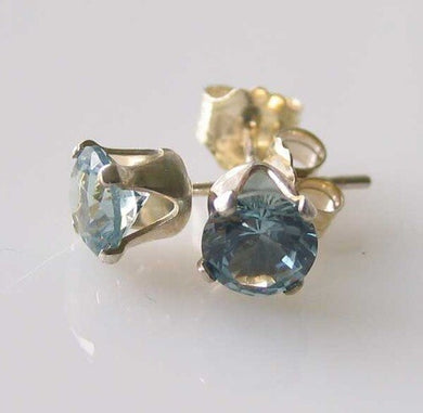 march-round-5mm-created-aquamarine-925-sterling-silver-stud-earrings-10147c-1606