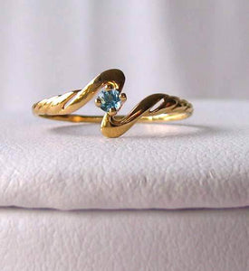 Lovely! Blue topaz in Solid 14K Yellow Gold Ring Size 7 9982Bg - PremiumBead