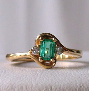 Emerald & White Diamonds Solid 14Kt Yellow Gold Solitaire Ring Size 6 3/4 9982Be - PremiumBead Alternate Image 2