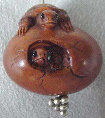 terrific-carved-boxwood-turtle-on-egg-ojime-netsuke-bead-21x21-5x17mm-brown-12347