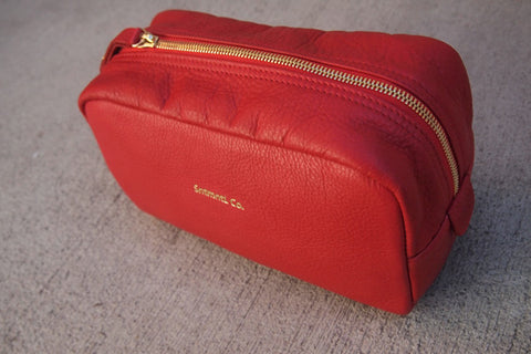 LEATHER DOPP KIT (RED)