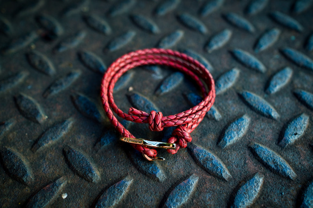 RED BRAIDED DOUBLE LOOP BRACELET