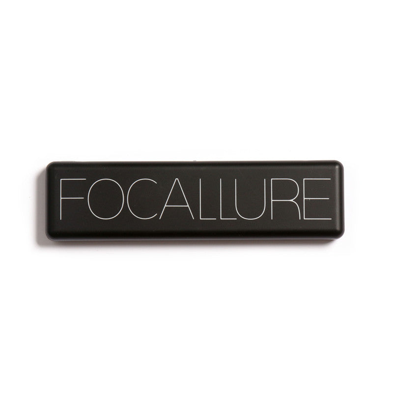 Focallure eyeshadow text