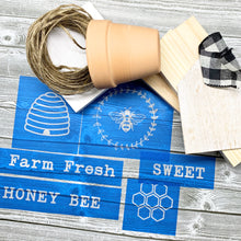 Load image into Gallery viewer, Farm Fresh Honey Project