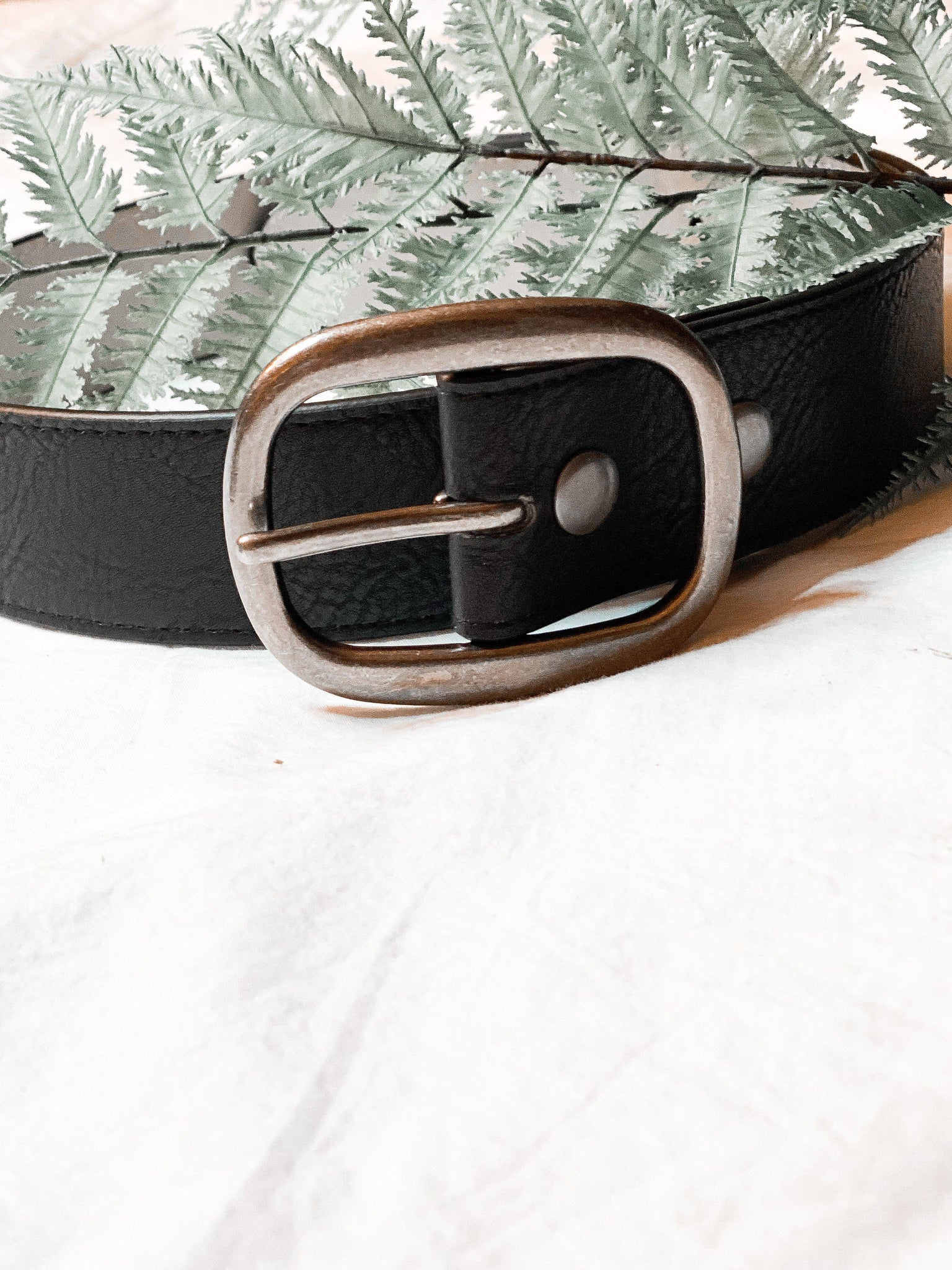 Rugged Faux Leather Belt in Black