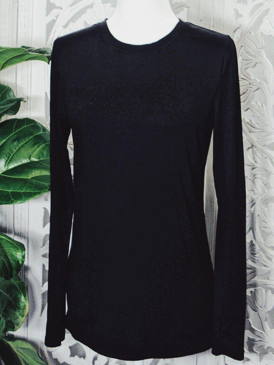 Basic Long Sleeve T-Shirt in Black