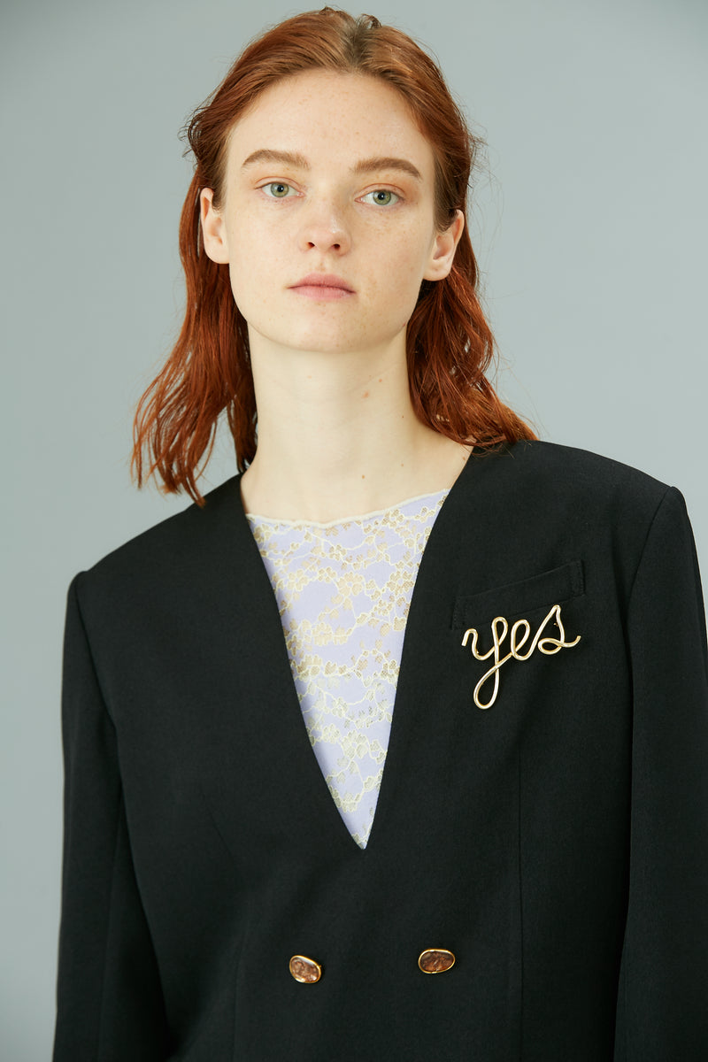 yes brooch (gold)