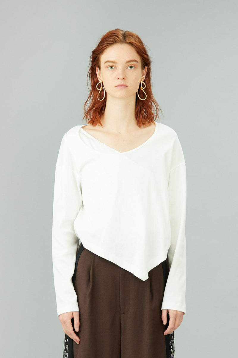 layered asymmetry top (white)