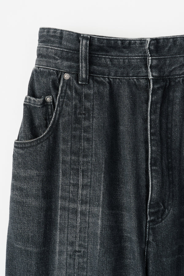 MURRAL Washed  flare tuck denim (Black)