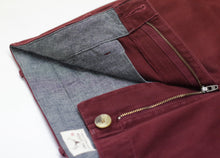 Load image into Gallery viewer, Chino Burgundy
