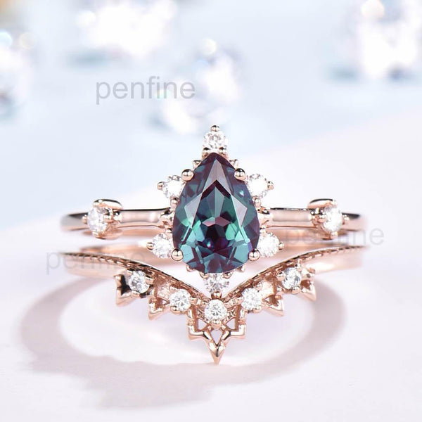 vintage pear alexandrite wedding set