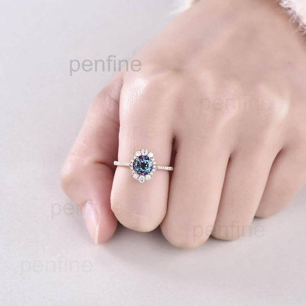 Unique will Alexandrite Halo Engagement Ring Reina Rose Gold - PENFINE