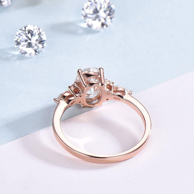 moissanite ring back