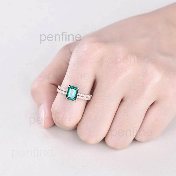 Emerald diamond engageemnbt ring set