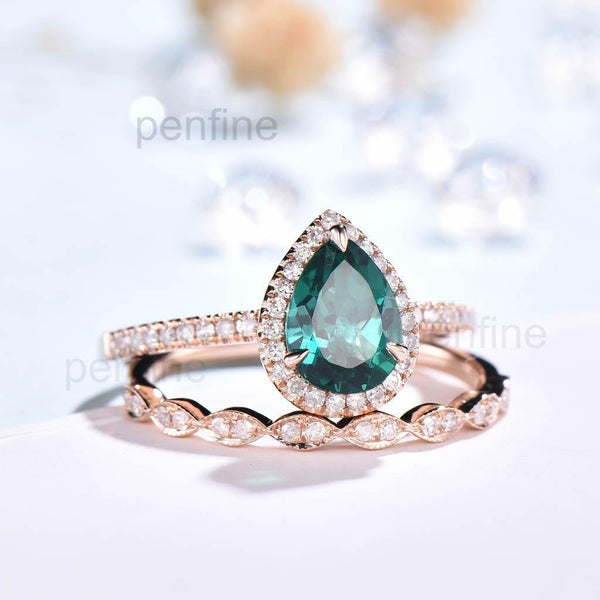 Pear Emerald Wavely Diamond Engagement Ring Set Classic 2pcs - PENFINE