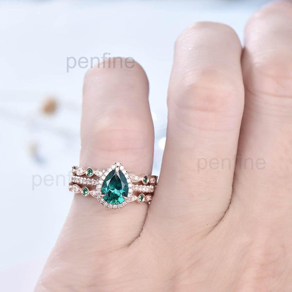 Classic Pear Emerald Diamond Engagement Ring Set Emerald Band 3pcs - PENFINE