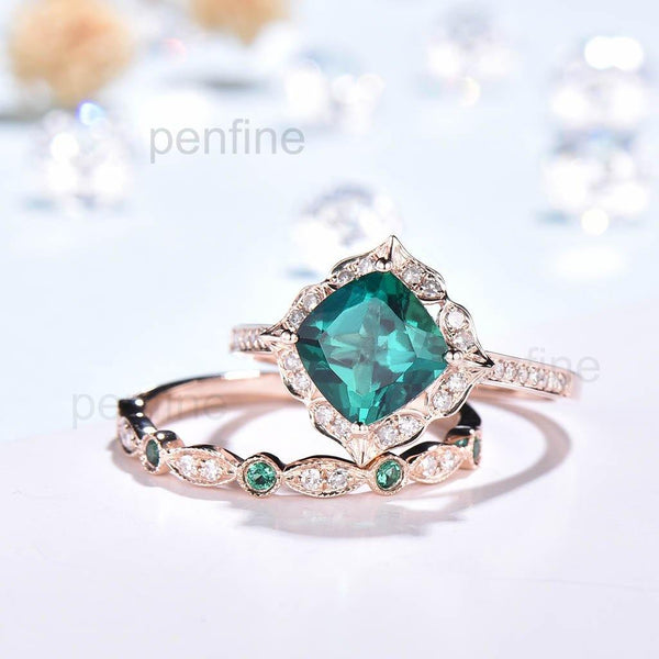 Floral Cushion emerald ring set