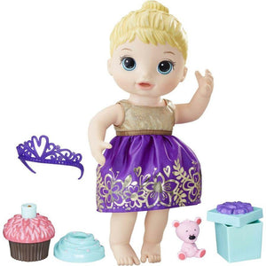 Hasbro toys Baby Alive Cupcake Birthday Baby Doll Set (Blonde Hair)